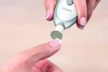 Sanitas SMA 35 elektrisches Maniküre-/ Pediküre-Set, mit 7 Nagelpflege-Aufsätzen, weiß/silber - 5